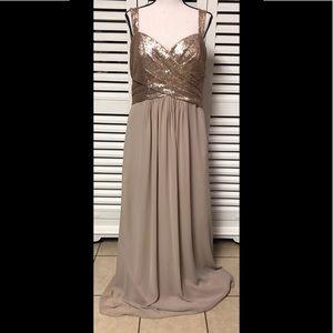 Gold formal dress, size 16